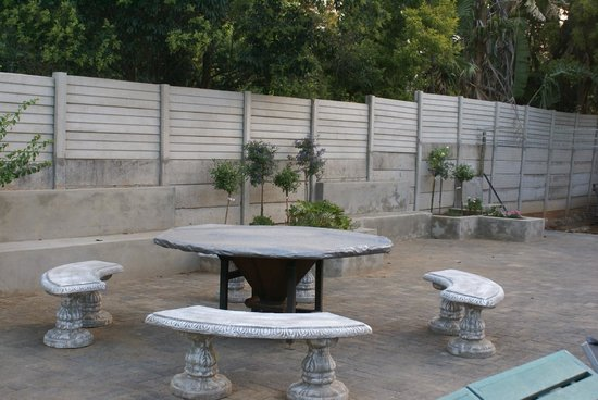 Emerald Guest House : Barbecue area