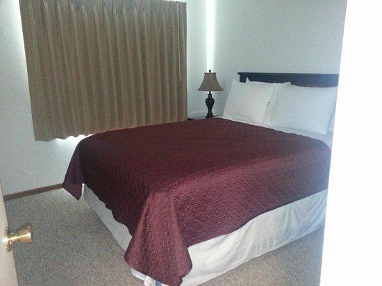 Alexis Park Inn & Suites : BR1