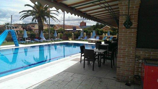 Christina Apartments: Poolside
