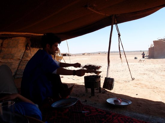 Adventure Morocco Day Tours: Ali the Master Chef (spending time with a nomad family)