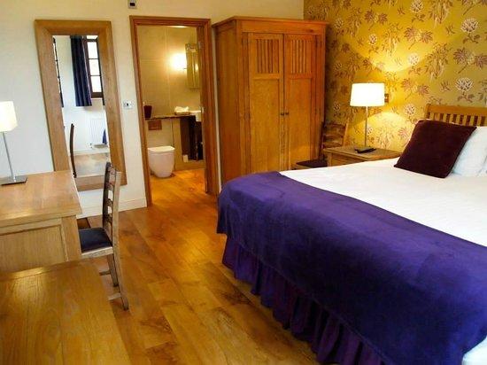 Plum Park Hotel: Double bedroom