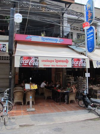 Khmer Idea Restaurant: Looking at the Khmer Idea from the street