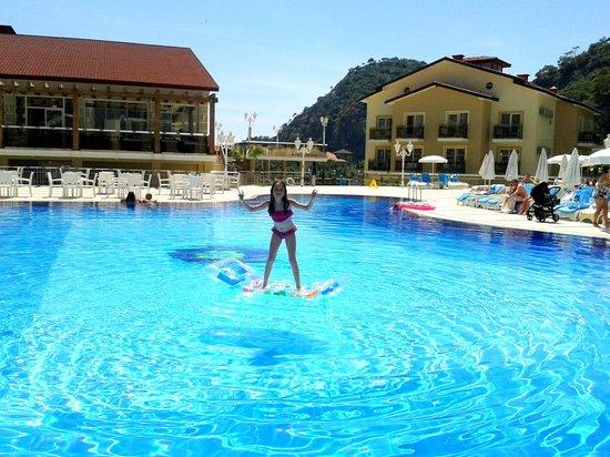 Marcan Resort Hotel : Pool
