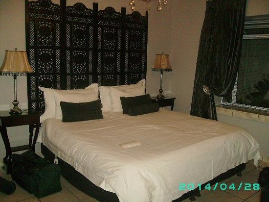 Hermanus Guesthouse: The Knights Chamber