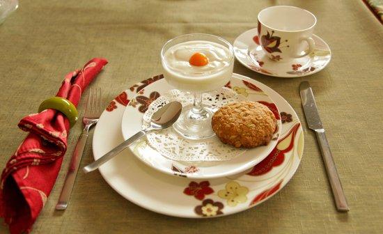 Gite Couette et Girouette: 2e service du petit déjeuner