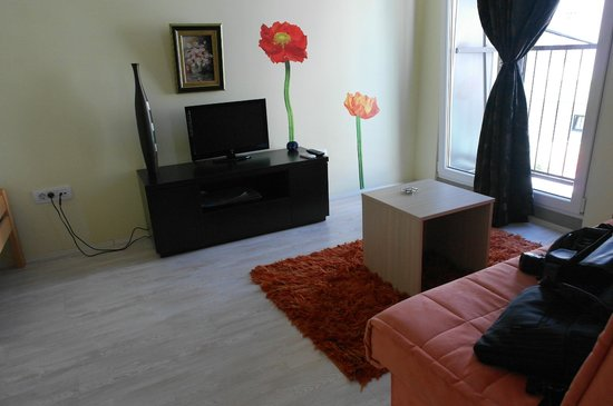 Agape Apartments: оформление икея