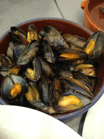 LochLeven Seafood Cafe : Mussels Cooked in Cider