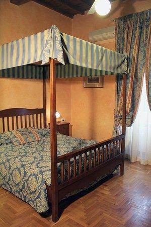Hotel Tourist House: ROOM