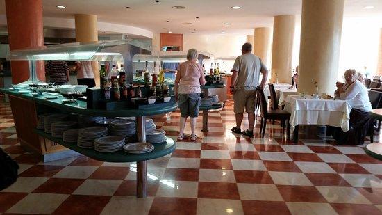 Barcelo Ponent Playa: Dinning area