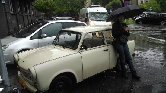 Crazy Guides - Private Tours : Our car