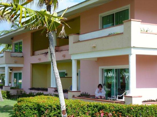 Paradisus Rio de Oro Resort & Spa: Typical room block