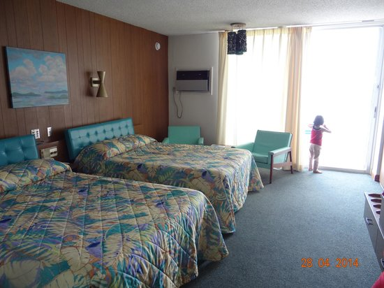 Sugarloaf Lodge : room