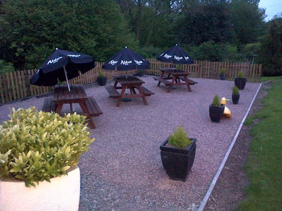 The Farmers Boy Inn : Nice Garden area