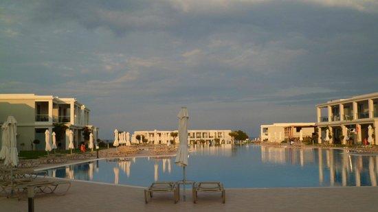 Levante Beach Resort: The pool really is big