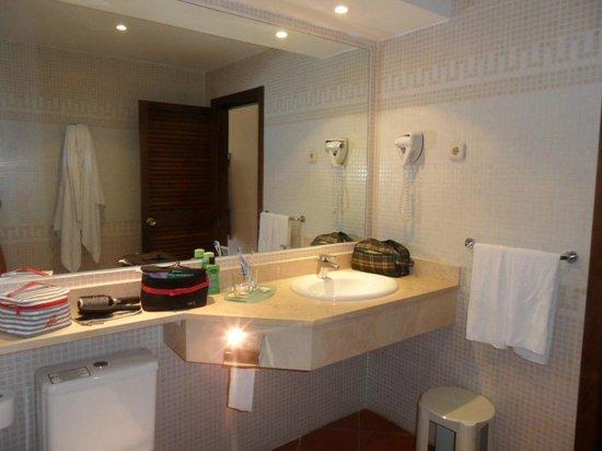 TUI MAGIC LIFE Fuerteventura: Salle de bain