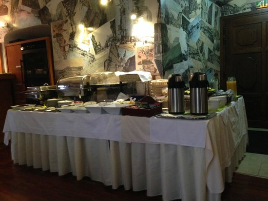 APLEND CITY Hotel Michalska: Petit déjeuner