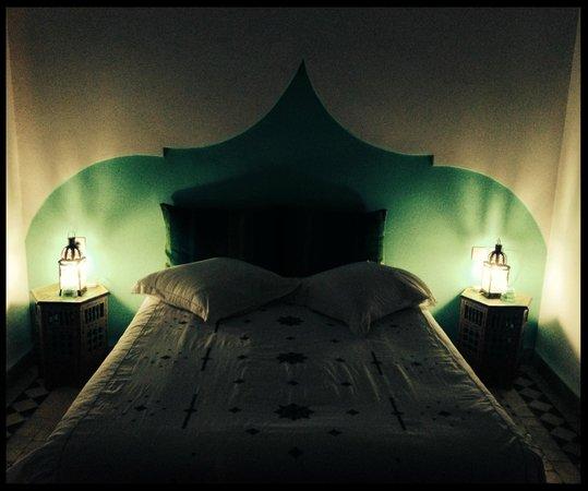 Riad Idrissides: comfy bed!