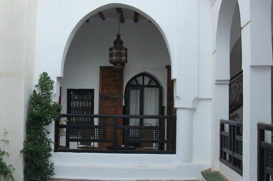 Riad Dar Nimbus: Typischer Zimmereingang