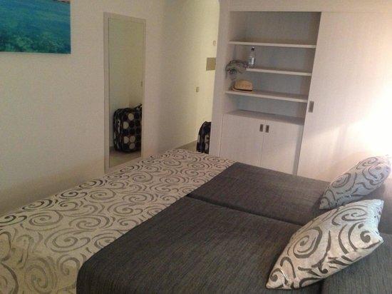 PrimaSol Cala d'Or Gardens : Bedroom refurbished