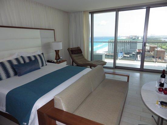 Secrets The Vine Cancún: Room 2409