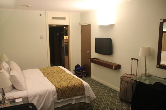 Renaissance Tel Aviv Hotel : bedroom