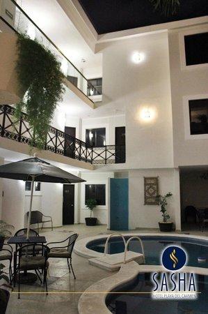 Sasha Hotel: Instalaciones