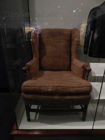 National Museum of American History : Archie Bunker's Chair