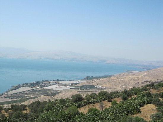 Peace Vista Country Lodge (Mitzpe Hashalom): Lake view to the North