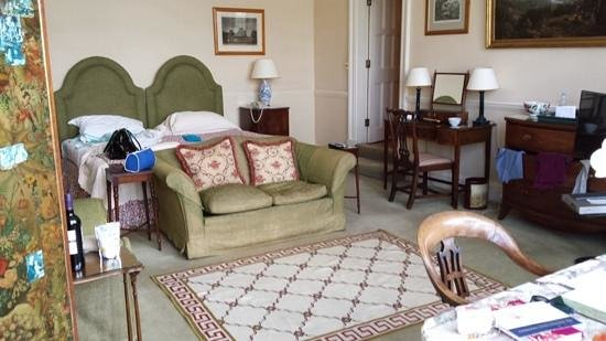 Hartwell House: lovely room