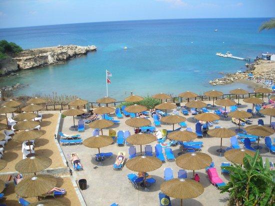 Malama Beach Holiday Village: View from balcony of beach