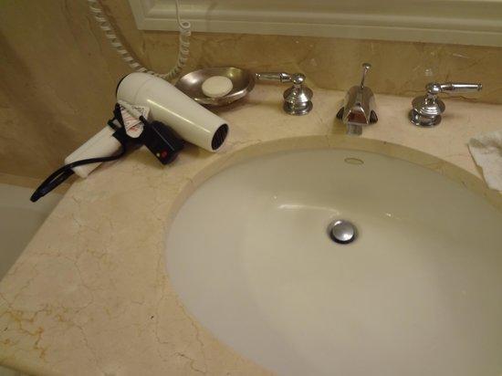 Marco Beach Ocean Resort: Hair dryer by the sink! Electric shock before or after dinner sir?