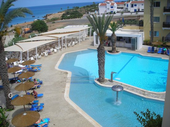 Malama Beach Holiday Village: View of pool from balcony