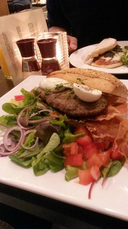 Guliano: Truffle Burger