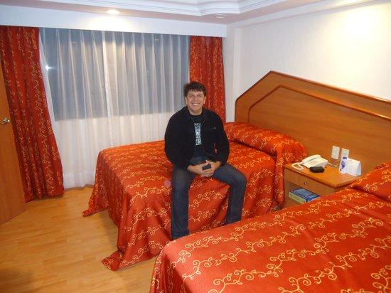 Hotel Premier: No quarto em que fiquei.