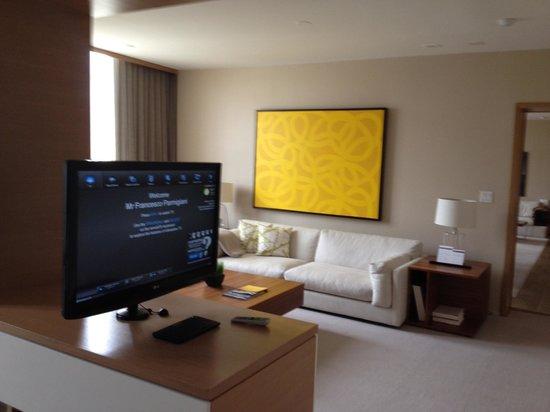 Hyatt Regency Long Beach: soggiorno camera