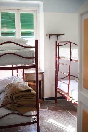 B&B Rifugio Uscio: Dorm room