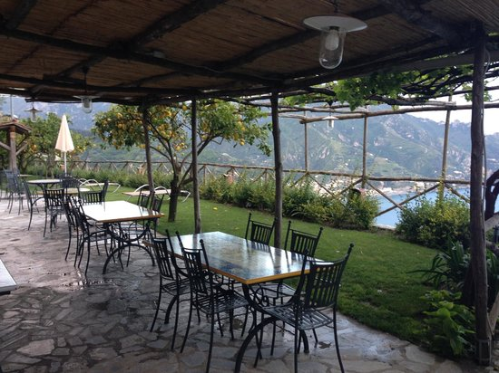 Villa San Cosma: outdoor dining area