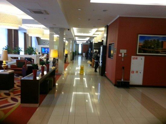 Courtyard St. Petersburg Center West/Pushkin Hotel: Réception