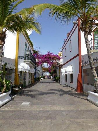 Hotel The Puerto de Mogan: CALLE APARTAMENTOS