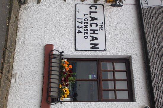 The Clachan Inn: The established 1734 sign