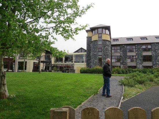 Westport Woods Hotel: Rear of hotel
