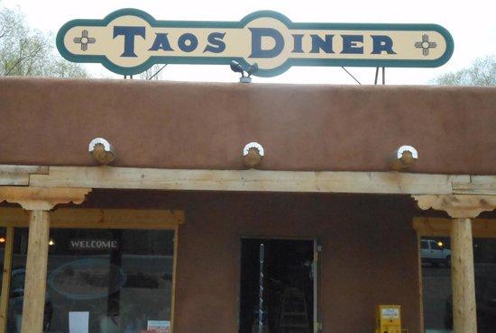 Taos Diner: Sign