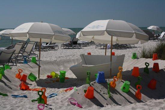 Edgewater Beach Hotel : er waren geen kleine kinderen maar die hadden zich wel kunnen vermaken