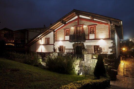 Petit Komite: Caserio