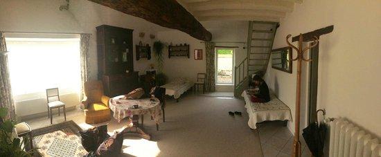 La Belvinière : La salle de vie de notre 'chambre' individuelle