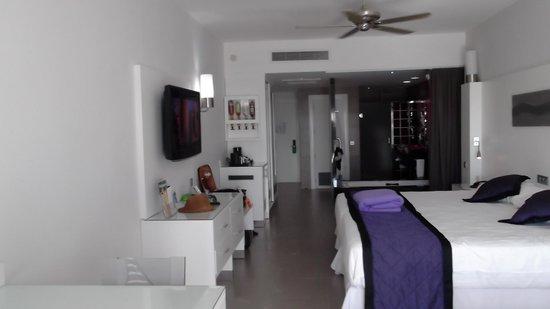 Hotel Riu Palace Jamaica: Inside room