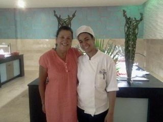 Grand Palladium Punta Cana Resort & Spa: GIANIRI, JUGOS, PANINIS Y UNA SONRISA CÁLIDA.