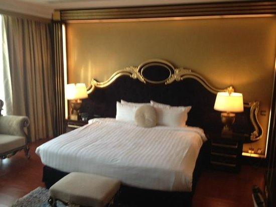 Grand Excelsior Hotel Al Barsha: Bedroom