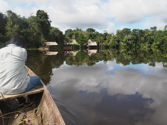 Abundancia Amazon Eco Lodge : as seen from canoe