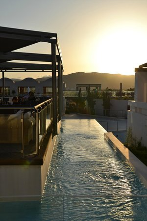 Cavo Spada Luxury Resort & Spa : view on the terrace